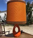 lampe à poser en céramique orange des années 50