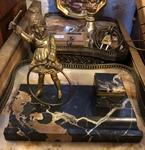 Fillette en bronze